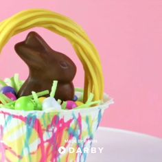 Tiny Chocolate Easter Bunny Baskets Make the Cutest Easter Treats #easter #easterdecor #eastertreats