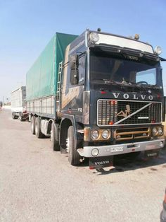C Volvo Cars, Volvo Trucks, Mack Trucks, Semi Trucks, Cool Trucks, Big Trucks, Road Transport, Commercial Vehicle, Vintage Trucks