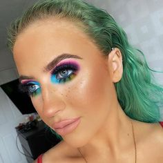 Always look on the bright side of life stuns using the Proud palette for this amazing look Bright Eyeshadow, Bright Makeup, Bright Side Of Life, Rainbow Makeup, Vegan Makeup, Amazing Makeup, Best Makeup Products, Makeup Brushes, Halloween Face Makeup