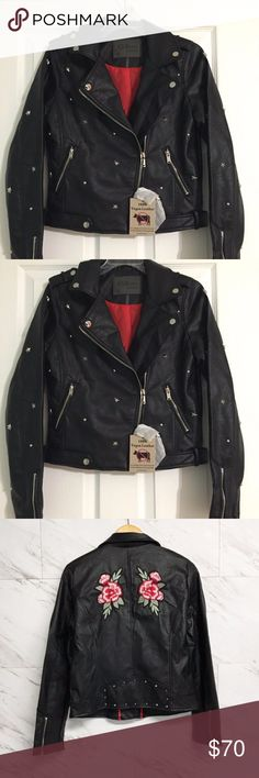 Motercycle Fux  Leather Bikers Jacket woman Must have Motorcycle jackets are great Casual or  rock 'n' roll Style  Long sleeves, with zippered panels at each cuff moto-style zippered front option 1 with the stars (Size  M/L)& 2 with the Red Roses front and back (Size M/L/100% vegan leather/Size S/M/JUNIORS / Color Black/Condiction Brand new with tags.Buy now or best offer ! Ci sono Jackets & Coats