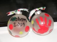 Handprint and Footprint Arts Crafts: My Top 10 Favorite Christmas Crafts made with hands feet from around the Web Christmas Gifts For Parents, Christmas Crafts For Gifts, Babies First Christmas, Christmas In July, Homemade Christmas, Christmas Holidays, Crafts For Kids, Christmas Ornaments, Christmas Ideas