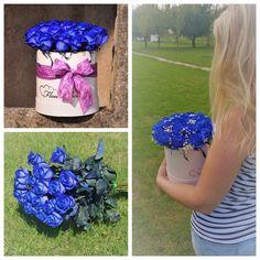 Kvetinový box z krásnych modrých ruží.  #buleroses #beautifulflowers #flowerdelivery #roses #modreruze #kvetyexpres #slovakia Box, Cake, Desserts, Tailgate Desserts, Snare Drum, Deserts, Kuchen, Postres, Dessert