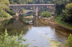 https://flic.kr/p/dumTQn   120917 Stone Bridge at Paw Paw, West Virginia   The stone double arched bridge over the Potomac River at Paw Paw West Virginia drips with the history of the area.