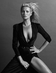 News | Kate Moss revela não saber porque vende tanta revista em entrevista a Nick Knight