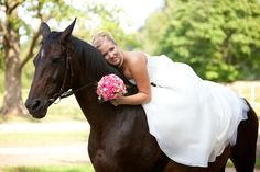 Google Image Result for http://groomsadvice.com/wp-content/uploads/2012/05/bigstock-Bride-with-horse-romantical-p-25967054.jpg