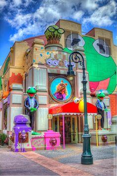 USA (North America): Hollywood Studios at Walt Disney World in Orlando, Florida Disney Vacations, Disney Trips, Disney Parks, Walt Disney World, Disney Dream, Disney Love, Disney Magic, Funny Disney, Disney Theme