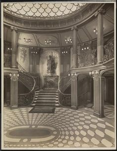 SS France - 1912 - First Class Grand Hall (After a refit in 1920).