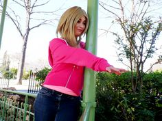 My cosplay of Rose Tyler from Rose - Doctor Who ! #Rose #Rosetyler #Rose #Tyler #RoseTylerCosplay #doctorwho #laureagiragiracosplay #cosplay