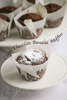 Gluten-Free Triple Chocolate Banana Muffins Recipe - Jeanette's Healthy Living These were pretty good! Very dense but great to sooth a chocolate craving! Gluten Free Muffins, Gluten Free Sweets, Gluten Free Baking, Dairy Free Recipes, Gf Recipes, Cupcakes, Cupcake Cupcake, Muffin Cupcake, Muffin Cups