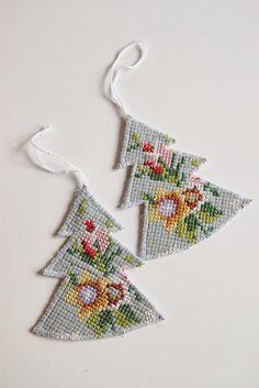 Christmas Arts And Crafts, Christmas Sewing, Diy Christmas Tree, Christmas Knitting, Christmas 2019, Christmas Decorations, Xmas, Christmas Ornaments, Textile Fiber Art