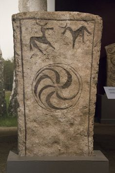 Viking-era standing stone at the Gotlands Fornsal Museum, Visby. / A Journey through Medieval Life Viking Art, Viking Woman, Historical Women, Historical Photos, Asian History, British History, Strange History, History Facts, Rune Stones