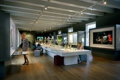 World of Silver display at Dutch Silver Museum Schoonhoven. A beautiful combination of a table setting coupled with a formal exhibit.