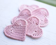 Set of 5 Crochet hearts applique Wedding decoration embellishment Blush rose pink shabby chic