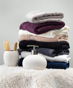 Cosy and stylish bathroom towels and accessories from JYSK Bathroom Styling, Bathroom Interior Design, Luxury Towels, Bathroom Towels, Bathroom Accessories, Cosy, Stylish, Ideas, Decor