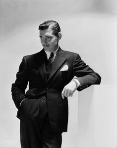Old Hollywood   : CLARK GABLE, definition of class, & HANDSOME! Where are these men?