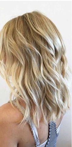 14.Medium Long Hair Style …