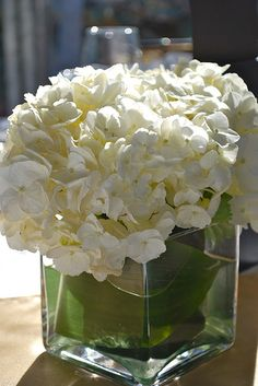 centerpieces - use leaf in vase or ribbon on outside