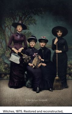 Photos D'halloween Vintage, Vintage Halloween Photos, Witch History, Witch Costumes, Colorized Photos, History Images, The Future Is Now, Vintage Witch, Black N White Images