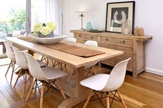 Locally made dining table by Beachwood using oak.  #Beachwood dining table #Beachwood interior design solutions