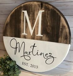 Staking Diy Woodworking The Family Handyman Rustic Wood Signs, Wooden Signs, Woodworking Furniture, Woodworking Projects, Woodworking Plans, Etsy Furniture, Custom Woodworking, Furniture Ideas, Outdoor Furniture