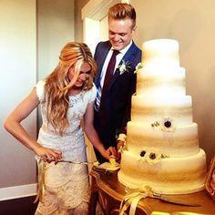 Lindsay Arnold wedding cake (by Stephs Cake Creations)
