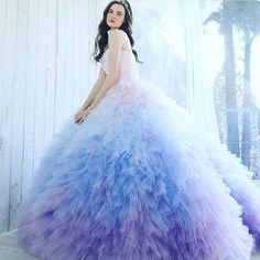 "350 Likes, 6 Comments - Kiyoko Hata (@kiyoko_hata) on Instagram: ""#weddingdress #dress #couturefashion #couture #fashion #flowerdress #japan #ウエディングドレス#ドレス#プレ花嫁…"""