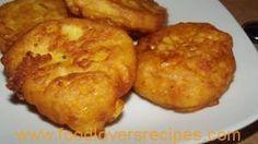 MAKLIKE MIELIEKOEKIES.Hierdie mieliekoekies is maklik en heerlik saam met braaivleis. Braai Recipes, Cooking Recipes, Seafood Recipes, Kos, Good Food, Yummy Food, South African Recipes, Light Recipes, Fritters