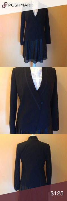 """Chic Vince Black Fitted Blazer Vince, black blazer. Size 6. RN: 106730. Style # V1556-90450. Cut # IMP9441. Single button closure, two side pockets. Measurements: 24"""" length. 17"""" bust, 17"""" waist. 25"""" sleeve length. Material: 96% wool, 4% Lycra. Lining: 100% acetate. Pre-loved, gorgeous condition. Vince Jackets & Coats Blazers"""