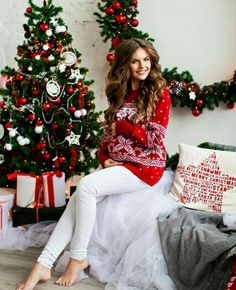 25 Ideas Photography Ideas Christmas Family Mini Sessions For 2019 Cute Christmas Outfits, Christmas Photos, Christmas Pregnancy Photos, Winter Maternity Pictures, Christmas Baby Announcement, Accessoires Photo, Foto Baby, Family Photo Outfits, Christmas Photography