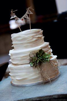 Haar Wedding of Amazing Cakes, Wedding Cakes, Chelsea, Table Decorations, Baking, Desserts, Food, Weddings, Wedding Gown Cakes