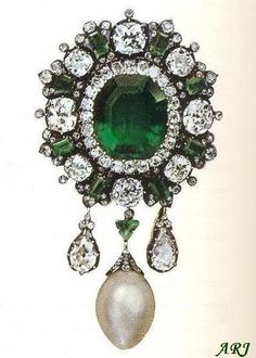 Artemisia's Royal Jewels: Italian Royal Jewels - King Umberto I gave this wonderful emerald brooch as a gift to his wife in 1879.