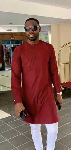 Brown Inspired African Wear Styles For Men, African Shirts For Men, African Dresses Men, African Attire For Men, African Clothing For Men, Nigerian Men Fashion, African Men Fashion, White Pants Men, Costume Africain
