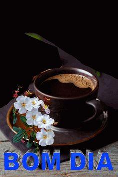 Cris AG - Google+ Bom dia... Pra mim o AMOR deve ser como CAFÉ. As vezes forte, as vezes doce, as vezes só e em outras acompanhado, porém NUNCA deve estar FRIO!!!