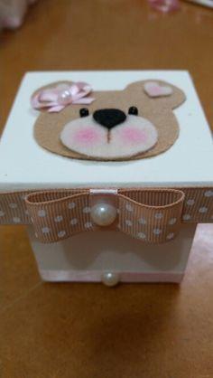 Caixa em mdf decorada (lembrancinha de maternidade )