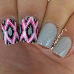 pink & grey Ikat nails