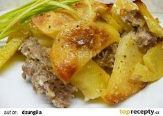 Zapečené brambory s mletým masem a smetanou recept - TopRecepty.cz No Salt Recipes, 20 Min, Gnocchi, Potato Salad, Cabbage, Food And Drink, Potatoes, Treats, Chicken
