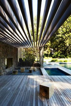 Get the perfect custom pergola shade for your delight. Find the pergola pool designs that suit the space you want to create! Villa Design, Design Hotel, Design Design, Outdoor Rooms, Outdoor Living, Outdoor Decor, Outdoor Bathrooms, Outdoor Sheds, Gazebos