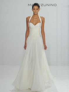 Mark Zunino for Kleinfeld Fall 2017: Feminine Silhouettes With Modern Accents  | TheKnot.com