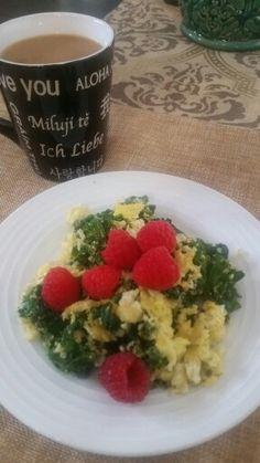 2 eggs, 2 oz kale & 1 oz raspberries - 180 calories