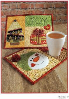 Snowman and Christmas Tree Mug Rugs ~ The Quilter Magazine Denise Clason Studios, Denise Clason Studios, Stitchin up the pieces one scrap at a time Christmas Mug Rugs, Christmas Sewing, Christmas Projects, Christmas Tree, Christmas Quilting, Xmas, Small Quilts, Mini Quilts, Mug Rug Patterns