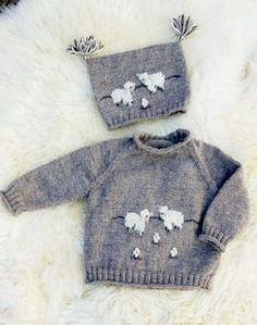 Stickad tröja och mössa med får 2 Knitted Baby Cardigan, Knitted Baby Clothes, Animal Knitting Patterns, Baby Patterns, Sock Monkey Pattern, Baby Barn, Knit Art, Knitting For Kids, Baby Sweaters