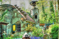 this i like. Sprookjeswonderland Holland. However the rest of it.. borderline creepy. :)