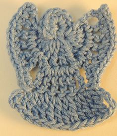 Free Crochet Pattern: Angel Pin