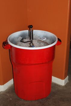 Solo cup garbage can - good idea for parties outdoor . Fill with ice and drinks and that's it