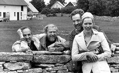 Liv Ullmann com Ingmar Bergman, o diretor Sven Nykvist e o ator Erland Josephson