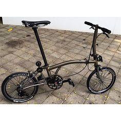Risultati immagini per brompton custom Cool Bicycles, Cool Bikes, Bicicleta Brompton, Three Wheel Bicycle, Folding Bicycle, Unicycle, Bike Accessories, Bicycling, Biking