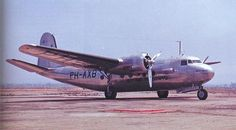 Vintage Planes A rare KLM Douglas Many of these served out the Second World War in Australia. Aviation Forum, Civil Aviation, Douglas Dc3, Mcdonald Douglas, Aircraft Images, Douglas Aircraft, Vintage Air, Vintage Ideas, Airplane Fighter
