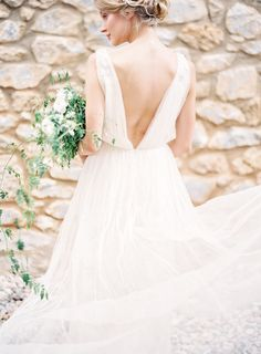 Photography : Jessica Lyons | Wedding Dress : Alexandra Grecco