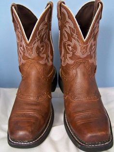 Justin Gypsy Brown Leather Apache Boot 8 B L9965 Cleaned and Conditioned #JustinBoots #CowboyWestern