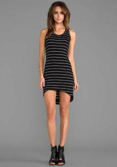 Sencillos vestidos asimétricos de casual elegante 2014  http://vestidoparafiesta.com/sencillos-vestidos-asimetricos-de-casual-elegante-2014/